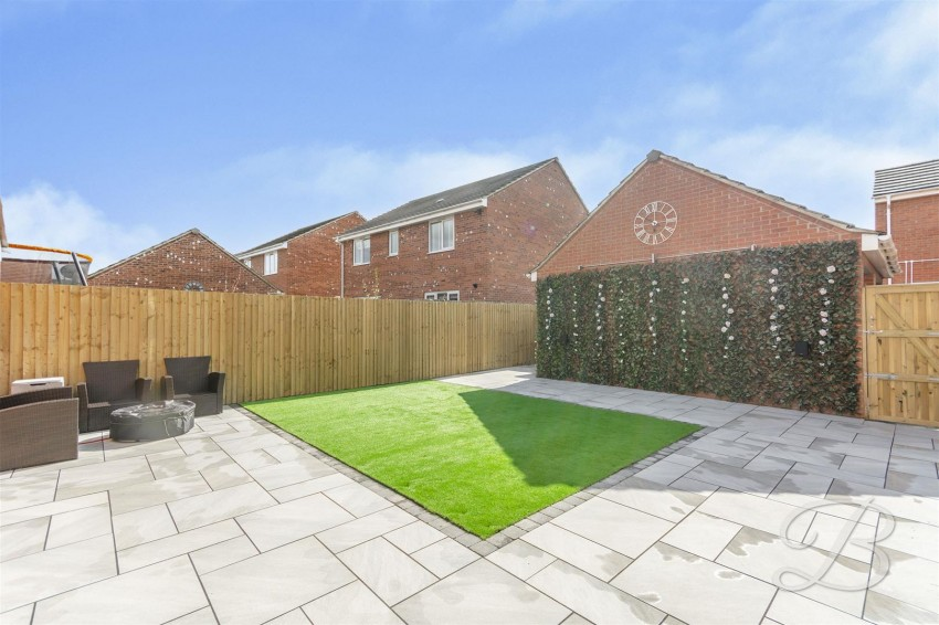 Images for Meadow Way, Clipstone Village, Mansfield
